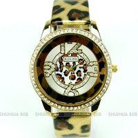 бесплатная доставка, агрессивный золотой леопард женская платье аксессуар мода кристалл часы, q1067