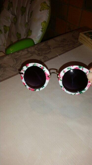 просто крутые детские очки для ребенка от 3 лет- в самый раз!!! дочь была в восторге, а как мне они нравятся))) очень хорошего качества- все аккуратное. ставлю твердую 5 и обязательно, отдельное Спасибо продавцу- упаковал в коробочку, дошли до Белоруси без единой царапинки!!!