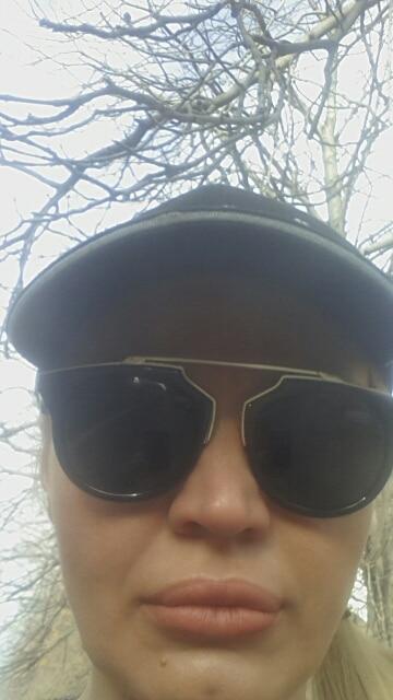 Хорошие стильные очки, пришли очень быстро, спасибо продавцу за оперативность!!@