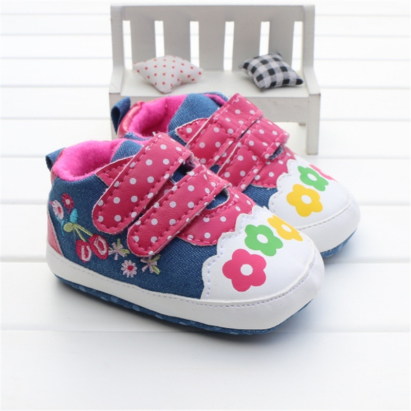 2016 Fashion Baby Shoes Girls Floral Flower Canvas Sneakers Soft Sole Touch Strap Prewalkers Casual Baby Girl Shoes 0-18 Months