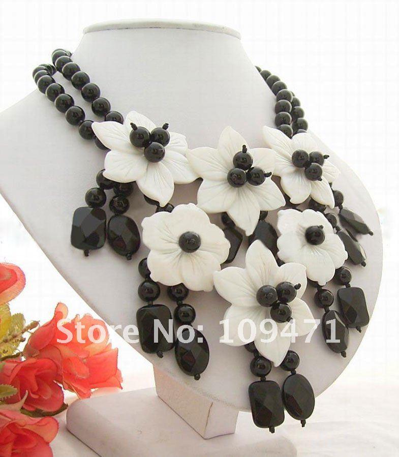 Красивый! 2strds оникс и оболочки цветок ожерелье