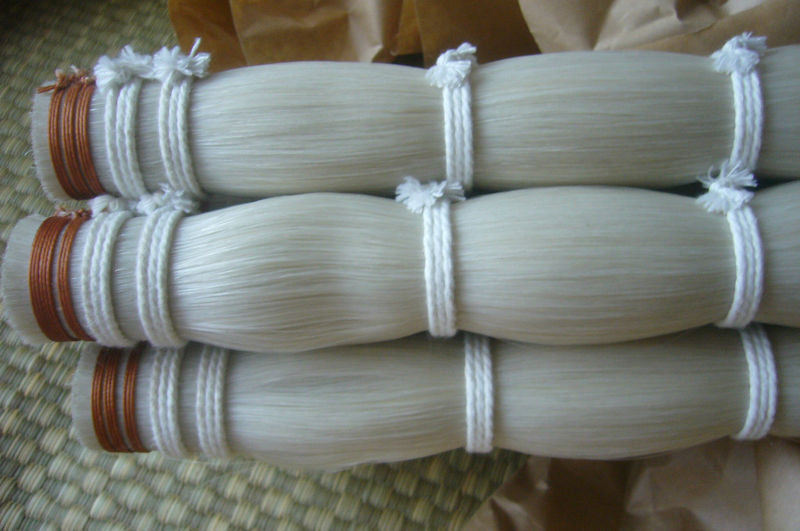 250 grams Top grade Stallion Siberian horsetail bowhair 78 cm violin viola cello double bass bow horse hair white bow hair 60 hanks stallion violin horse hair 7 grams each hank 32 inches in length