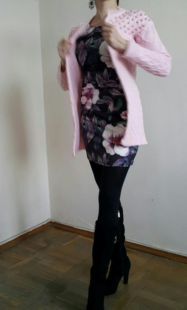 Розовый кардиган - одна из любимых покупок уходящего года