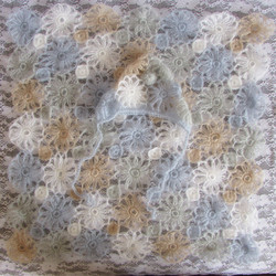 Knitted Baby Lace Floral Bonnet and Wrap Baby Girls Outfit Stretch Wrap Girls Hat Basket Layer Fabric Newborn Wraps Photo Props