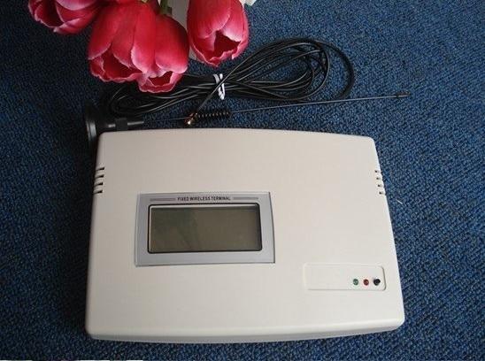 GSM 850/900/1800/1900 MHz GSM FWT/GSM Terminal sans fil fixe/boucle locale sans fil/WLL/numéroteur sans fil DHL livraison gratuite