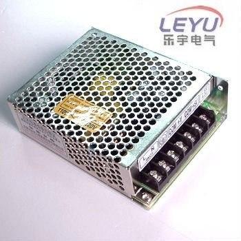 Высокое качество два года гарантии мощность 30 Вт тройной выход блок питания 5 в 12 в-5 в T-30A импульсный источник питания