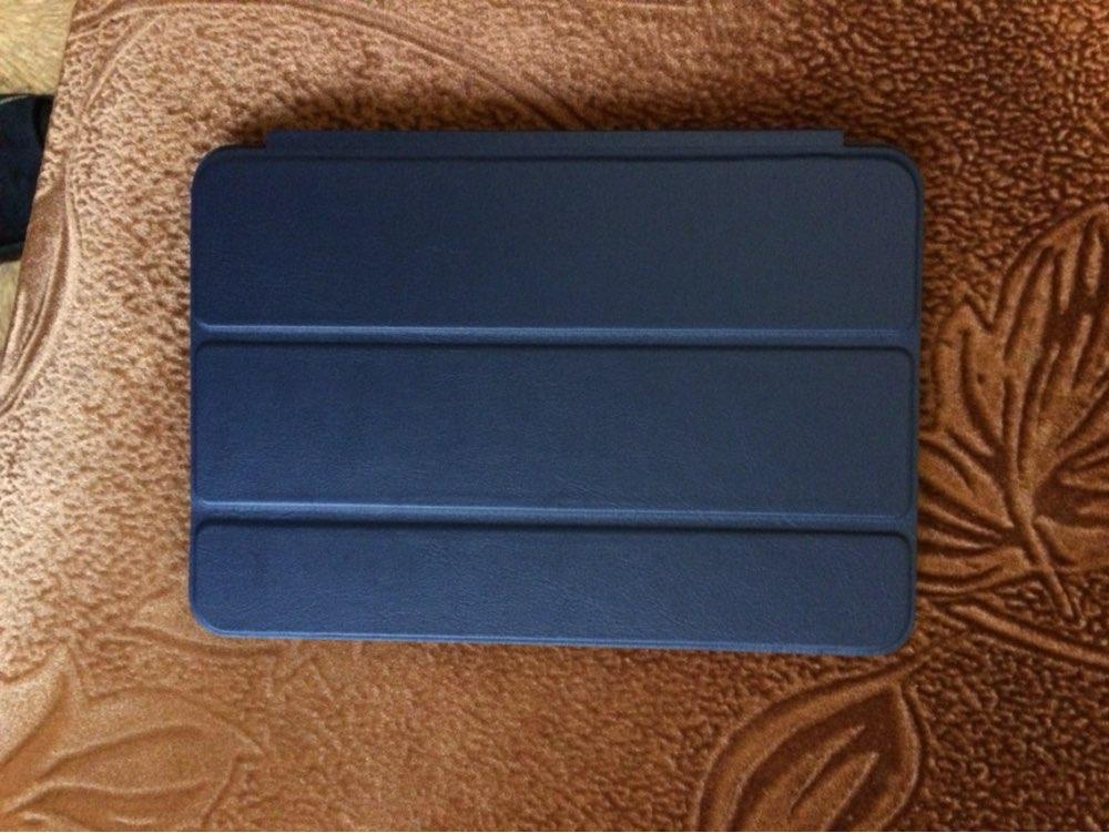 Чехол соответствует описанию, магниты на крышке работаю. iPad в нем как родной. Доставка до Тулы 19 дней.