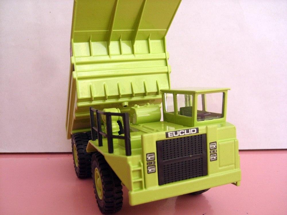 1:50 Hitachi EH650 самосвал игрушка