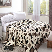 Hot Sale Coral Fleece Fabric Blanket Throws On Sofa/Bed/Plane/Travel Plaids Modern Style Soft Bed Sheet yl02