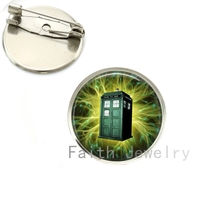 Science fiction movie case for Doctor who brooch pins green lightning Tardis brooches Time Machine Police box jewelry NS278