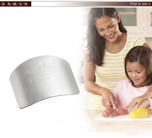 Free shipping Kitchen Cooking Tools Stainless Steel Finger Hand Protector Guard Finger Guard
