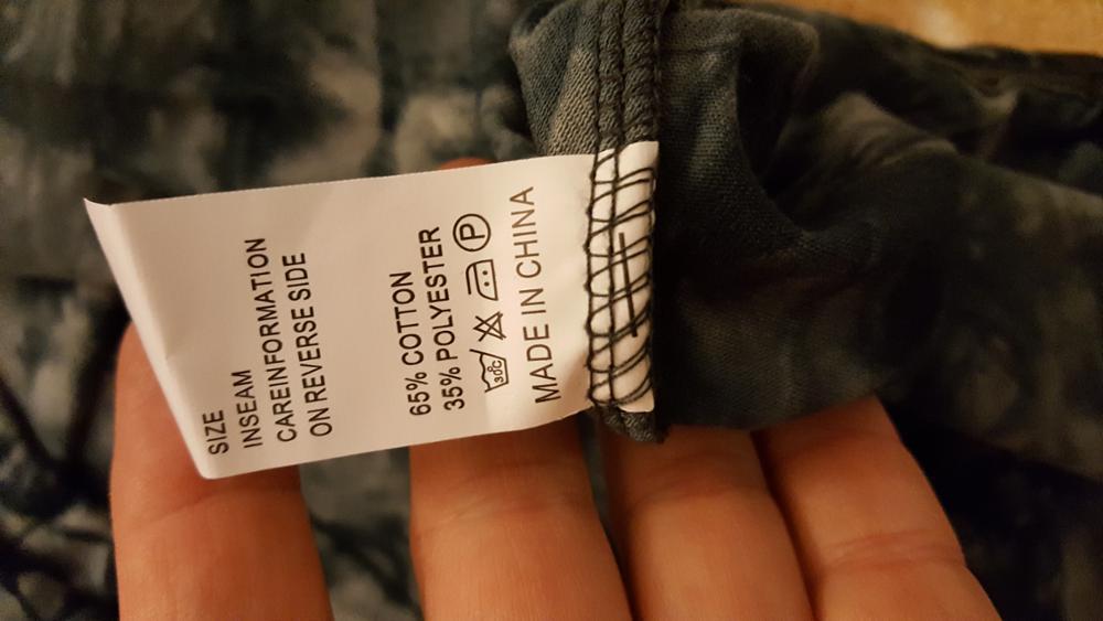 Доставка 36 дней. XL : ширина в груди 45 см., длина 80 см. Мои параметры 96-82-96 , 159 см. рост. Из-за добавки полиестра ткань сильно холодит.Заказывала черный цвет а футболка пришла с темно-синем оттенком. На мой размер можно было взять и XXL.