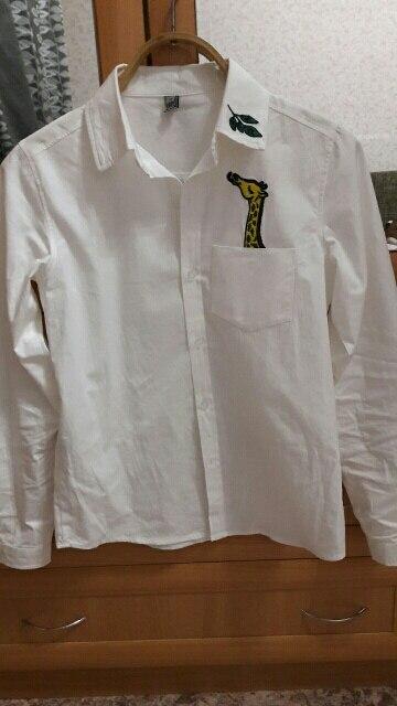 рубашка очень плотная,состояние хорошее,ниток не было,но гладить её трудно и мнется быстро,а так я полностью довольна