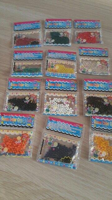 доставка заняла суть больше 2х месяцев. все как заявлено, 12 пакетиков разных цветов. в деле пока не пробовала.