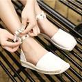 2016 verão novas Mulheres da moda sapatos rebite sandálias Romanas sapatos de palha Weaver escreve Mulheres sandálias tamanho grande 34-43