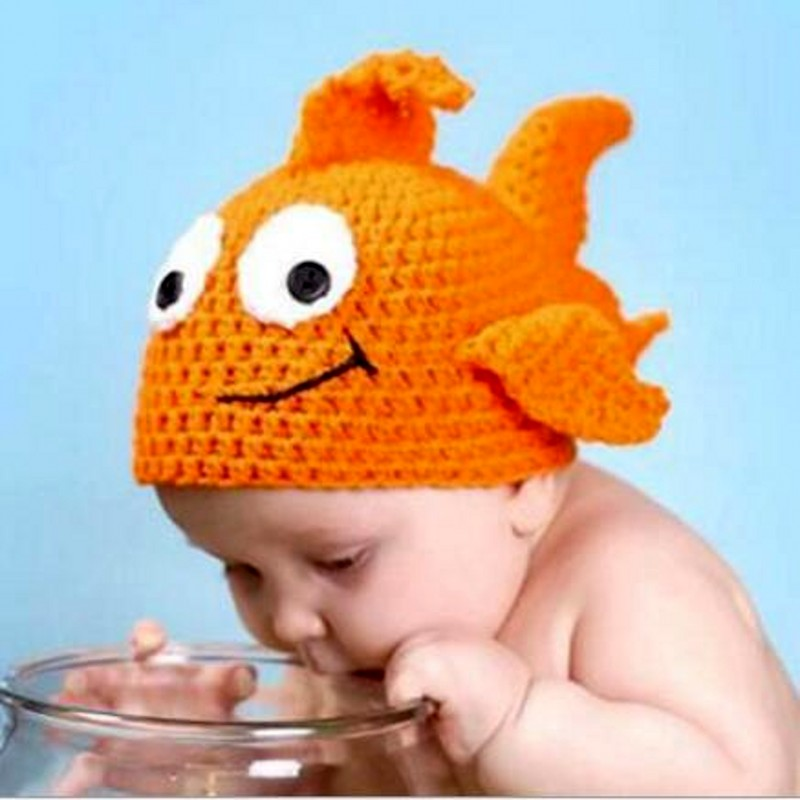 Fashion cute little goldfish design handmade crochet cotton baby boys girls caps newborn photography props 100 super cute little embroidery chinese embroidery handmade art design book