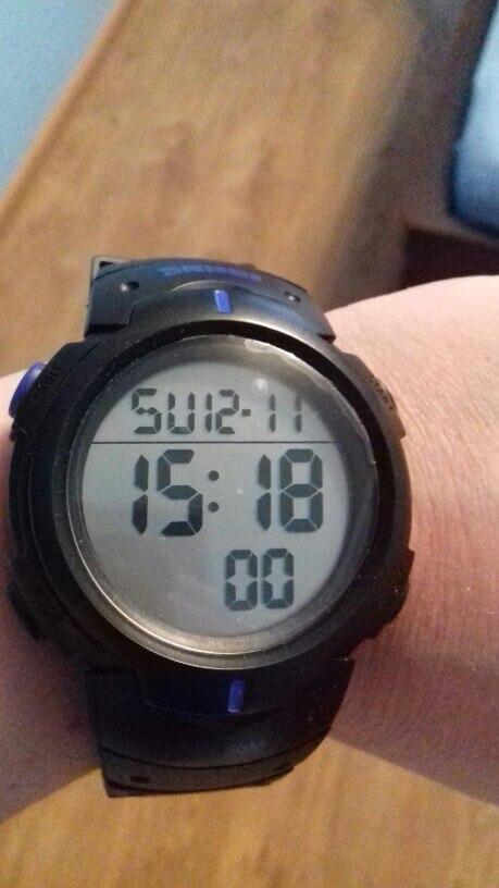 24 дні йшов годинник. Все як в оголошенні.