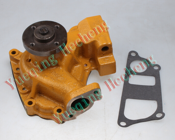 Water Pump 6204-61-1300 for 4D95S-W BULLDOZER D20-6 D21-6 D20-7 D21-7
