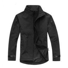 Outdoor Breathable Softshell Jacket Men's Black Tactical Hunting Waterproof Windproof Jacket Soft shell with Fleece Lining