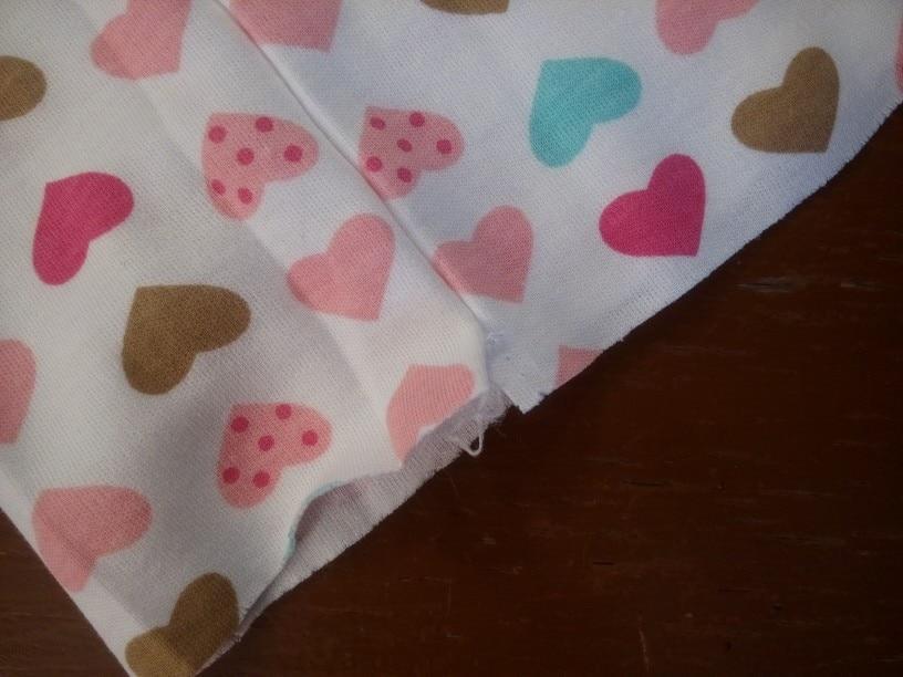 швы не качественные, а так все хорошо, плотная ткань, очень понравилась