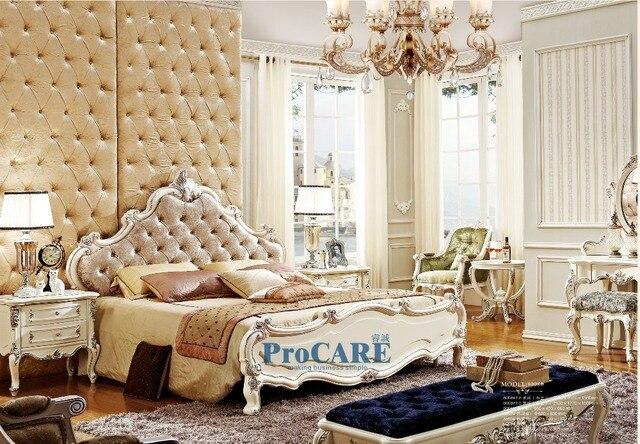US $2760.0 |Luxus Im Europäischen stil holzschnitzerei schlafzimmermöbel  set mit stoff kingsize bett, nachttisch, nachttisch, schminktisch, chair ...