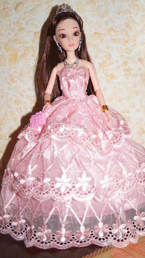 Пришла посылка быстро. Куклой довольны спасибо большое продавцу.
