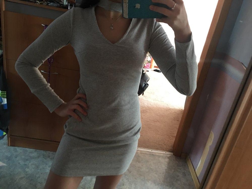 Платье отличное, ношу размер 42-44 заказала s, подошло отлично, качество нормальное, без запаха, без ниток