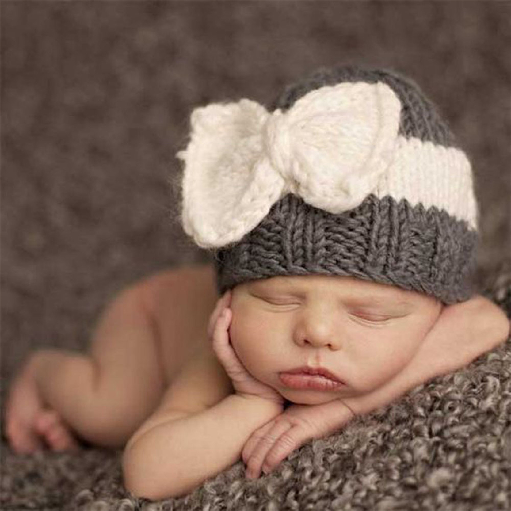 487cc4c0b25 New Cute Newborn Baby Knitting Hat Bow Knot Cap Infant Girl Winter Warm  Beanie-in Hats   Caps from Mother   Kids on Aliexpress.com