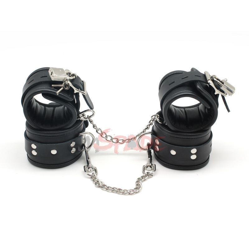 Bondage restraint kit handcuffs anklecuffs with locking buckles and locks and keys,black leather sex handcuffs and wrist cuffs футболка классическая printio the black keys
