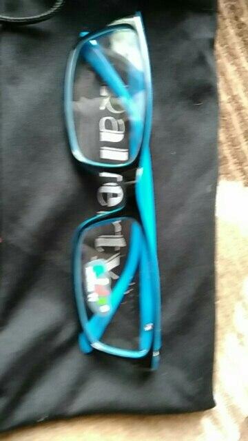 спасибо продавцу. очки пришли. Хорошо упакованы. все как в описание.Буду ещё заказывать у этого продавца. Я рекомендую!!!!!!