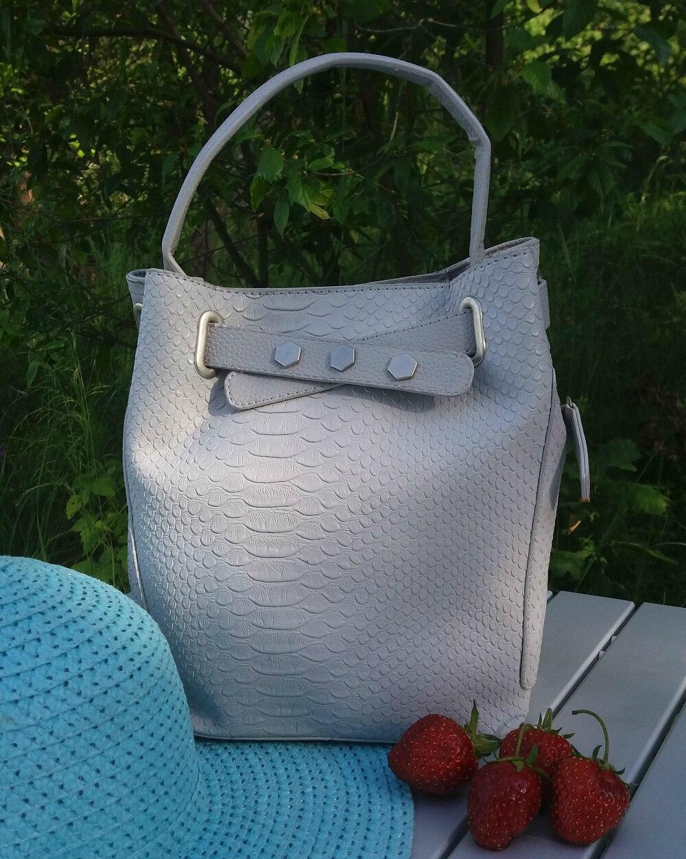 New 2016 Summer Fashion Women Messenger Bags Serpentine Unique Bucket Bags Casual Sac A Main Femme De Marque For Party Shopping