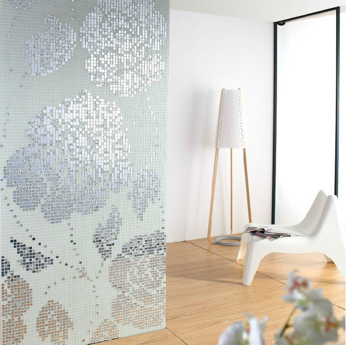 White And Silver Crystal Glass Mosaic Tiles Pattern Design Mirror