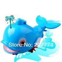 бесплатная доставка струи воды подарок для ребенка новая детские игрушки ванны дельфин распыление воды детские игрушки для купания 1 шт./лот