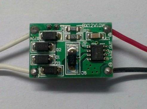 10 шт. 12 В 10 Вт Светодиодный драйвер для 3x3 Вт 9-11 в 850mA высокой мощности 10 Вт светодиодный трансформатор для поверхностного монтажа