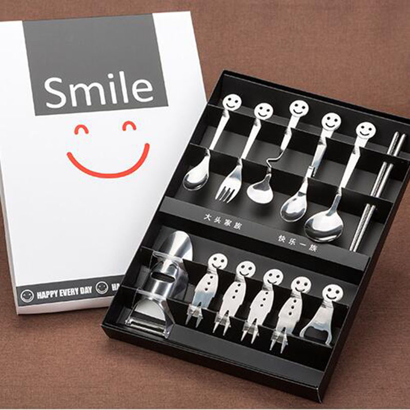 12Pcs set High quality Stainless steel smiley spoon fork suit Dinnerware Kitchen tool Creative Tableware