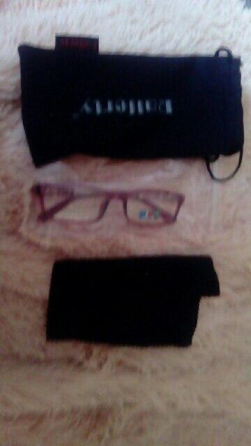 спасибо отличные очки отдельное спасибо за чехольчик с салфеткой :) 5***