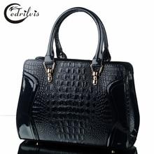Crocodile Grain Smiley Women Handbag W382 Luxury Design Big Female Shoulder Bag Fashion Crocodile Grain Smiley Women Handbag