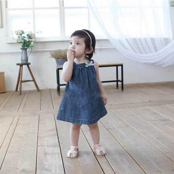 a9620d686fc02 Baby Girls Toddlers Jean Denim Dresses Bow Straps Summer Sundress Vestido  With Cotton Blend