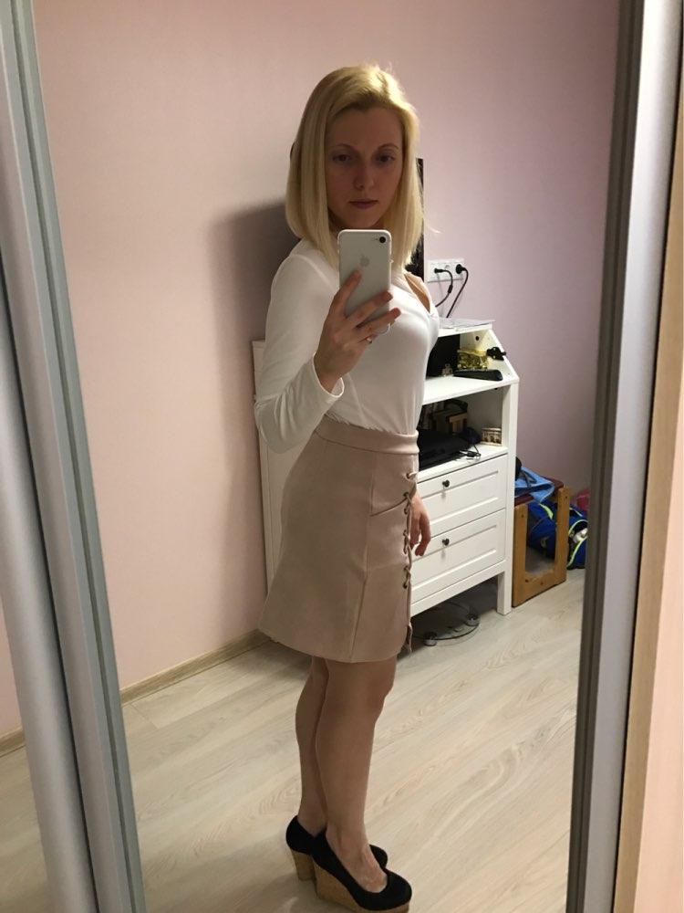 Хорошая юбка. Доставка до Москвы около 3х недель. Качество отличное. На параметры 64-89 заказала М, немного великовата