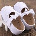 2016 da criança do bebê primeira walkers suave sole prewalker sapatos bowknot heart-shaped meninas recém-nascidas sapatos chaussures fille 0-18 m