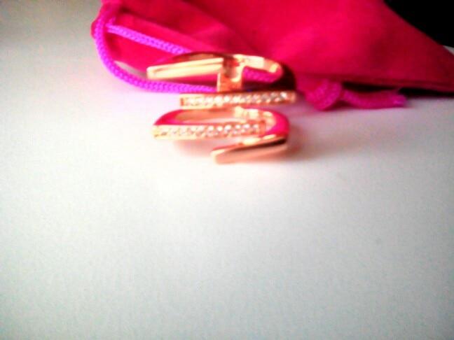 заказ отправили 05.01.2017 получила 22.02.2017 ,кольцо красивое, положили в бархатный мешочек, очень приятно)