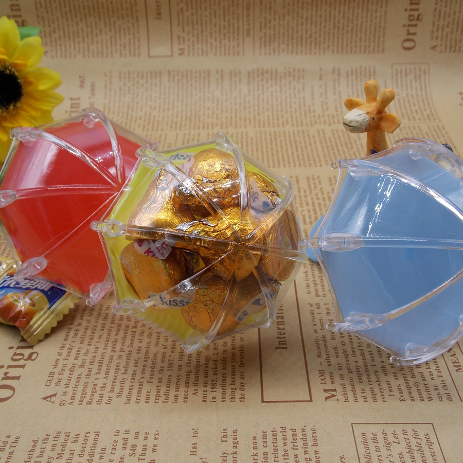 European creative personality umbrella candy boxes baby shower gift box plastic baby full moon party candy box