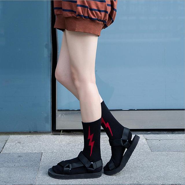 New Female socks Japanese lightning tide Socks Harajuku street Cotton socks fashion sock