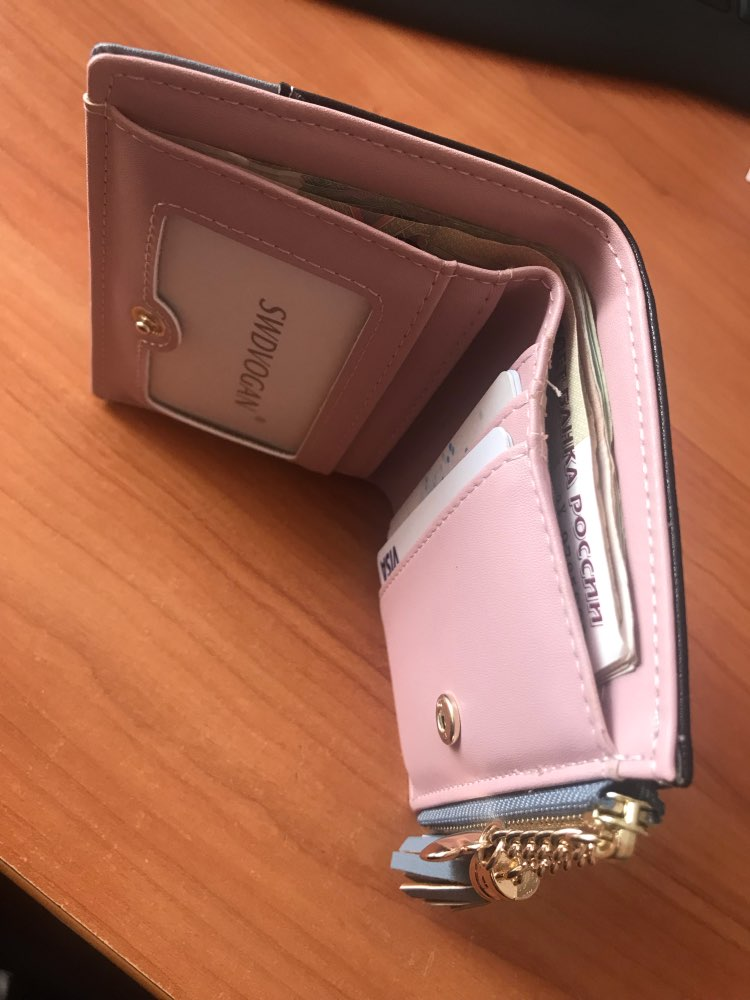 небольшой бумажник женщин; держатель кредитной карты ; держатель кредитной карты ;