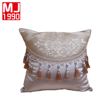 European Yarn Dyed Jacquard Pillow Cases Elegant Floral Decorative Covers for Home Classic Throw Pillowcases Customized