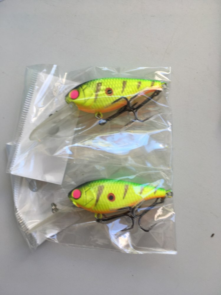 wLure 7g 5cm Lightweight Deep Water Diver 3-4 Meters Tight and Fast Wobble Epoxy Coating Treble Hooks Crankbait Lure C549