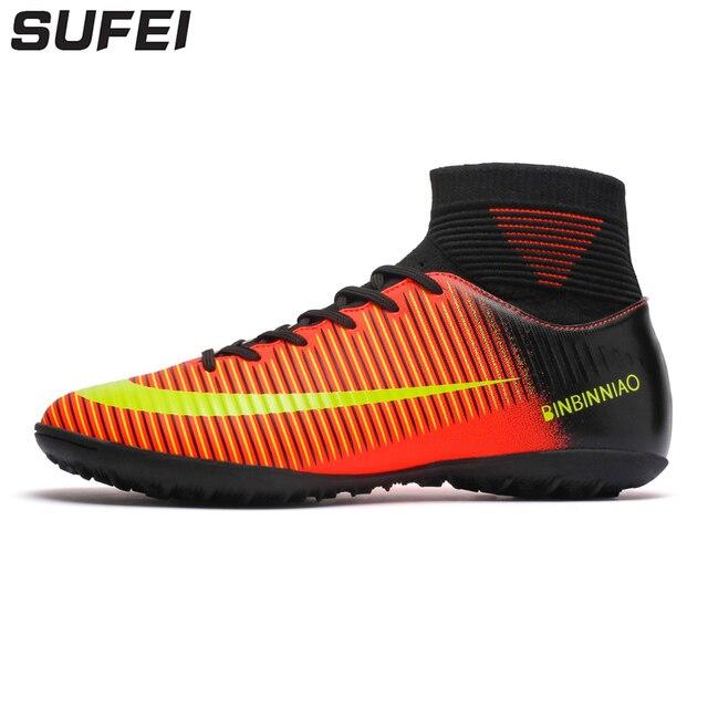 f148b1b5f3b0e Sufei 2018 Homens Futebol Botas Superfly Chuteiras TF Turf Alta Top  Crianças Chuteiras de Futsal Formação
