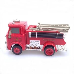 Image 4 - דיסני פיקסאר רכב 3 אש משאית קטן אדום 1:55 למות יצוק מתכת סגסוגת דגם מכונית צעצוע לילדים מתנה הטובה ביותר