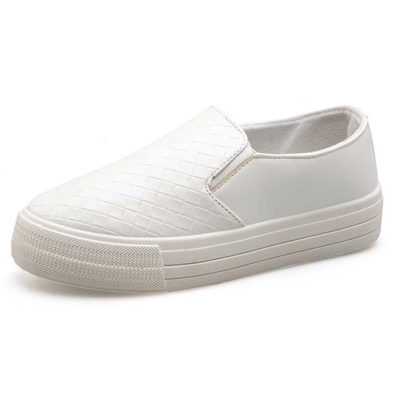 Moxxy 2018 Fashion Black White Women Canvas Shoes Low Breathable Women Solid Color Shoes Casual White Leisure Cloth flat Slip On huanqiu white women vulcanize canvas shoes low breathable female solid color flat shoes casual candy colors leisure cloth shoes