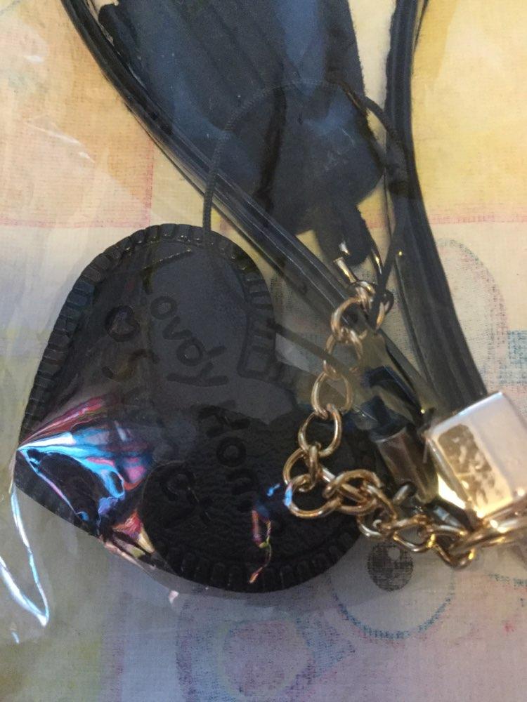Whoesale Novel Wallet Polsbandje Hangers Strap Hook Geschenken / Tassen Accessoires Carro Sleutelhangers Telefoon Dames Schattig Diy Portemonnee Hardware photo review